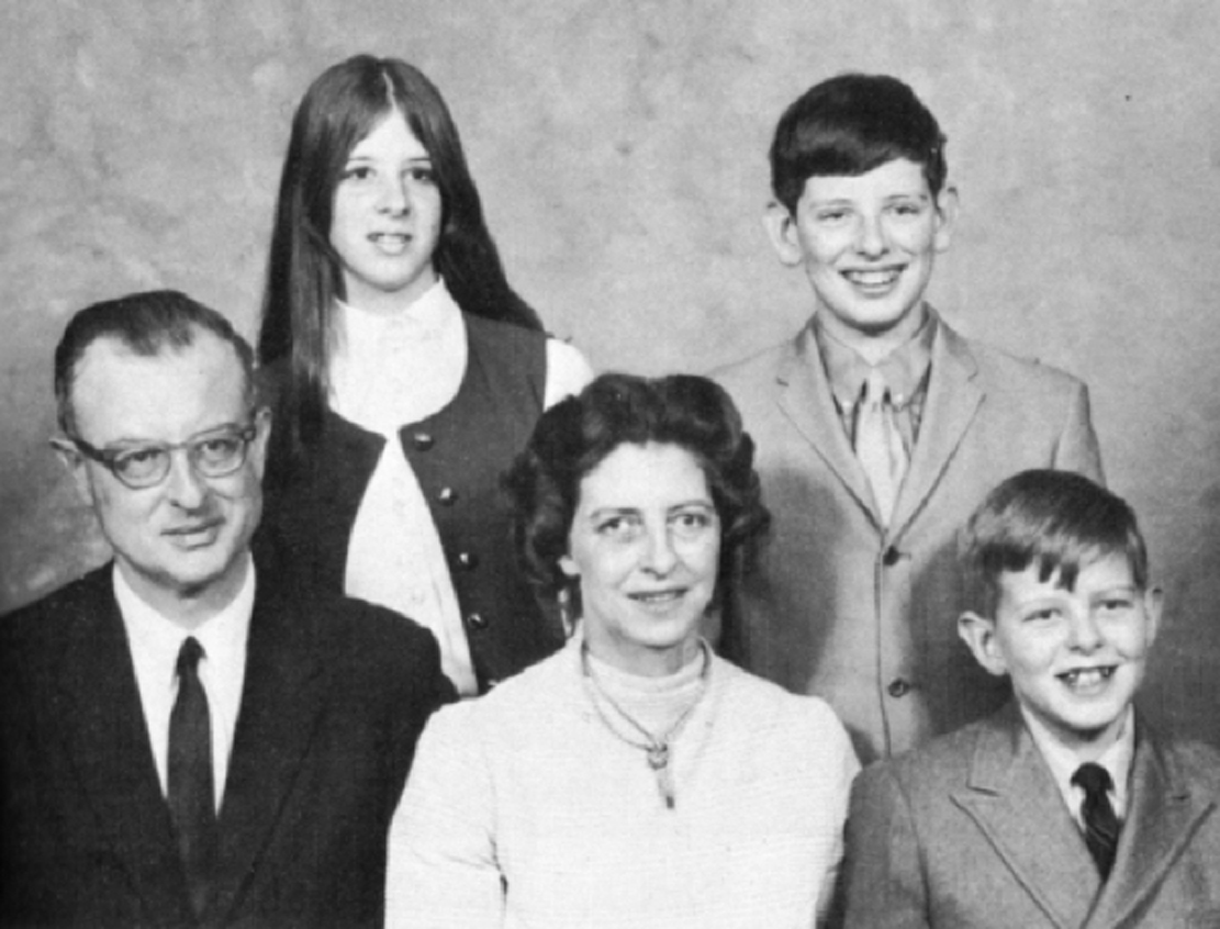 The List family shortly before John killed all but himself.